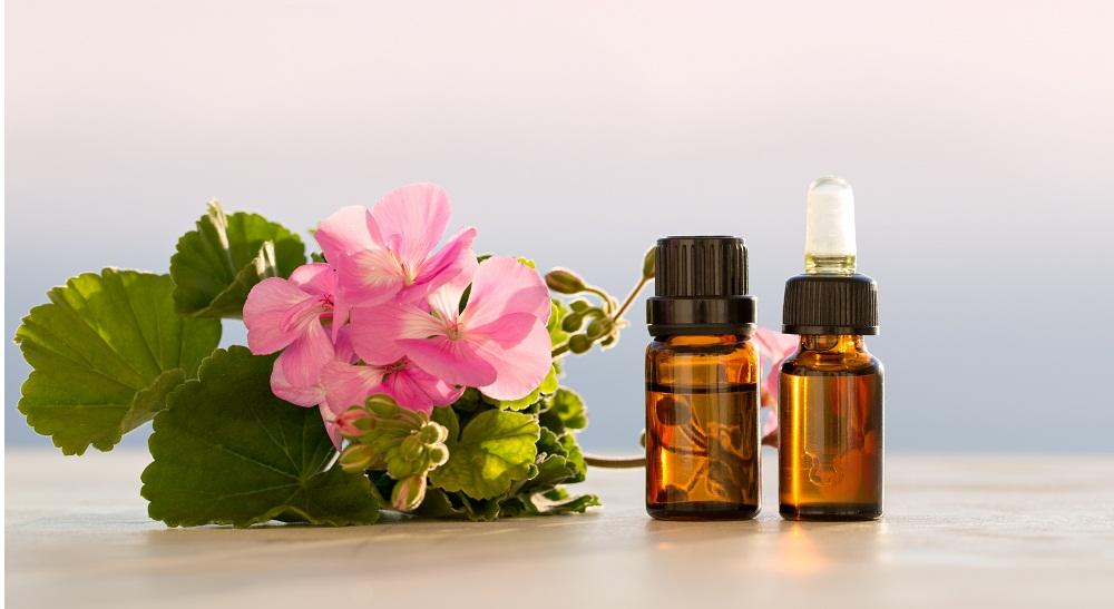 geranium essential oil for foot pain