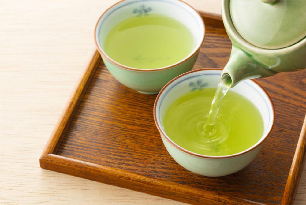 green tea to tighten skin under the chin