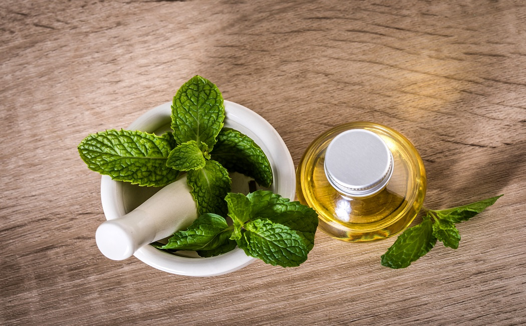 peppermint essential oil for leg pain