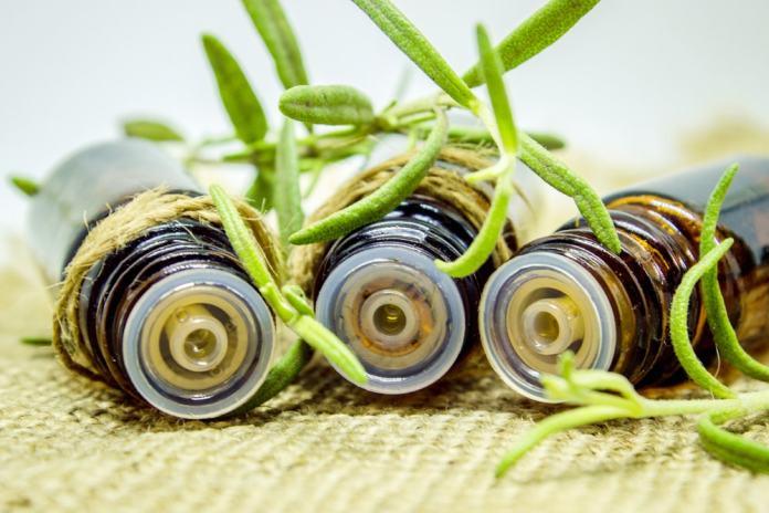 Rosemary essential oil-min
