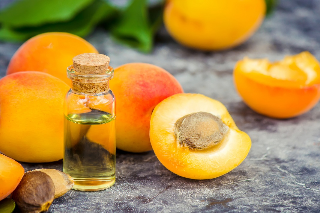 apricot oil uses