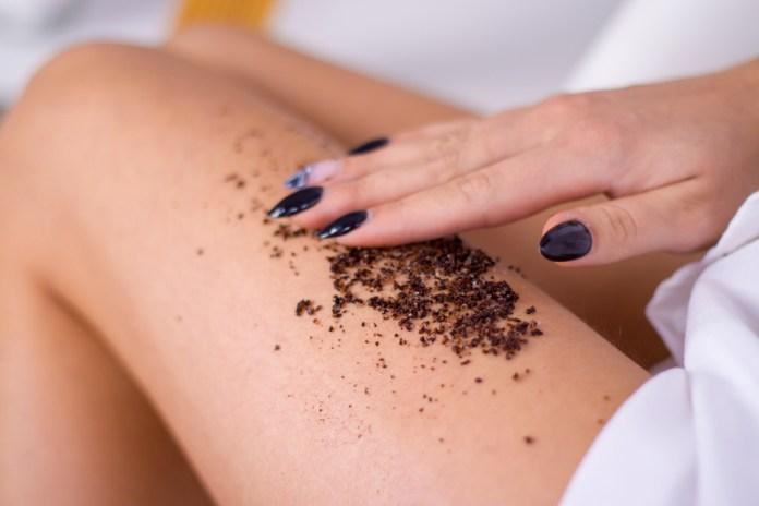 Coffee scrub for cellulite