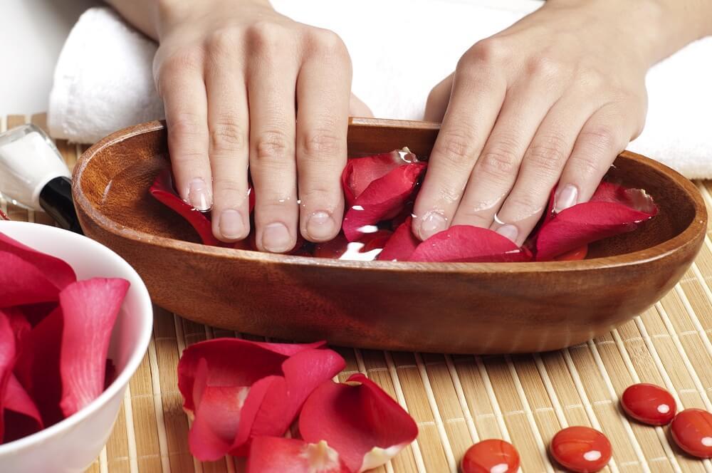 wet nails (1)