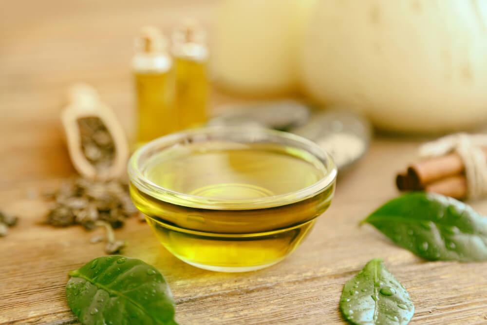 Apple Cider Vinegar with tea tree oil