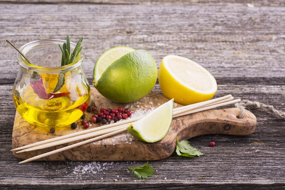 Olive oil and lemon juice (1)