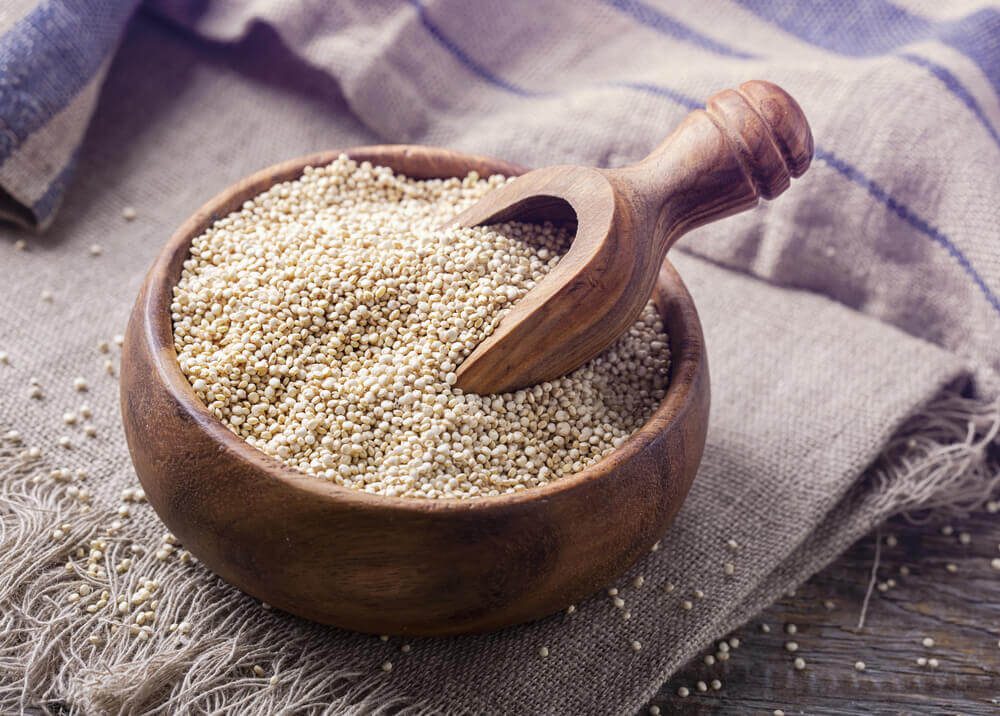 Quinoa seeds in diet for hair