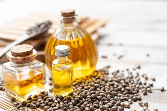 Castor oil and onion juice for hair growth