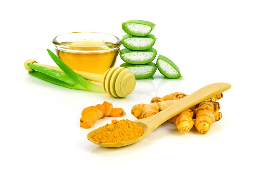 Coconut Oil, Turmeric & Aloe Vera