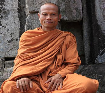 Nine Powerful Life Lessons From Studying with a Monk