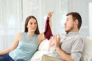 how to know if my husband is cheating on me