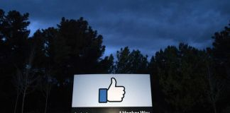 Facebook reminding private groups We're watching