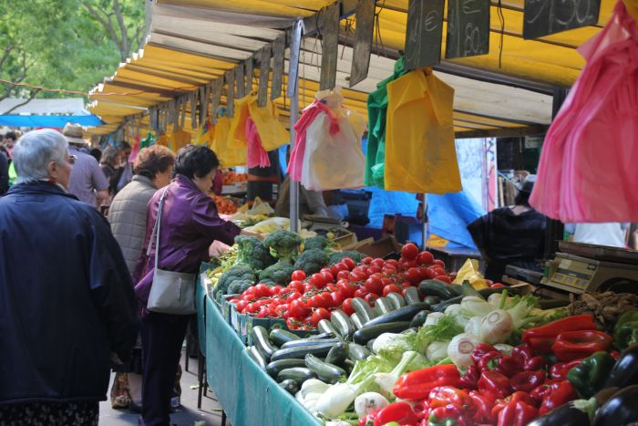 Farmers' market in Paris