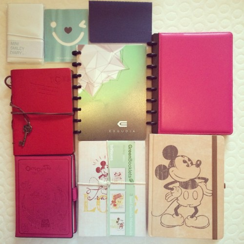 KonMari Method. Notebooks. Decluttering.