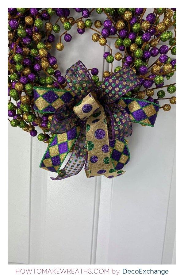 Quick DIY Mardi Gras Wreath