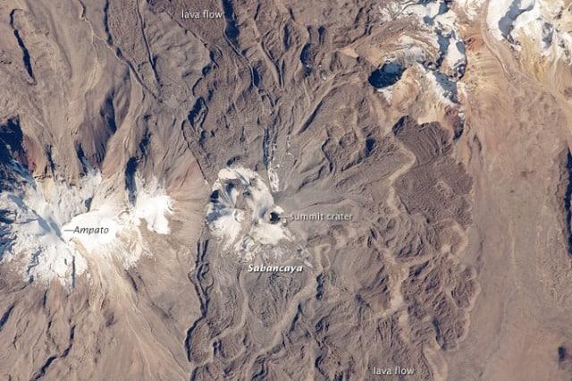sabancaya-ampato-peru-satellite