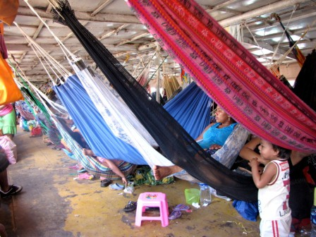 amazon river trip hammocks
