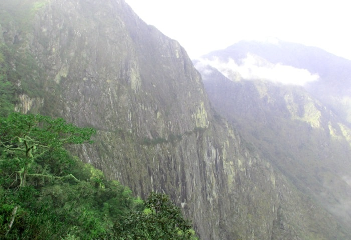 Inca Bridge trail to Machu Picchu