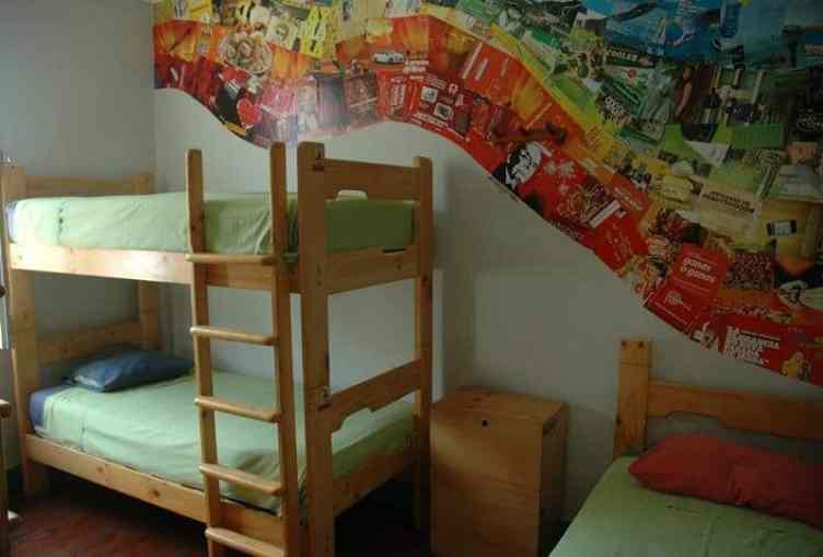 Best Hostels Lima - dorm room in red psycho