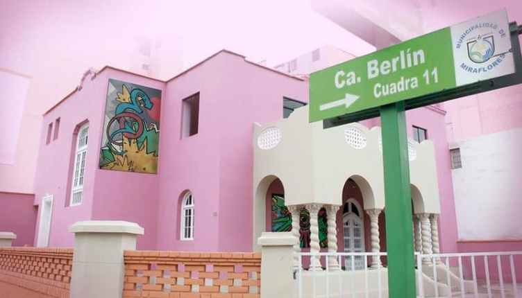 Best Hostels Lima - Backpackers Family Club Hostel Building from outside