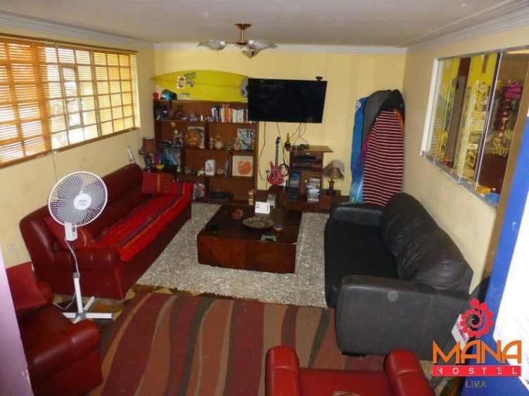 Mana Lima Hostel in Lima Peru