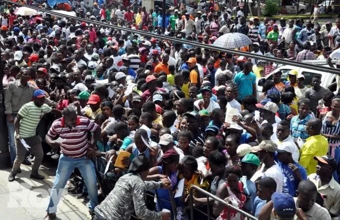 El Grupo de Trabajo de las Naciones Unidas sobre los Afroamericanos exhortó hoy al gobierno de la República Dominicana a tomar medidas para impedir las deportaciones arbitrarias y adoptar mecanismos para atender las acusaciones de racismo durante las deportaciones de personas de origen haitiano, archivo