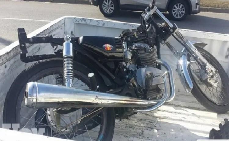 Motocicleta RD 3