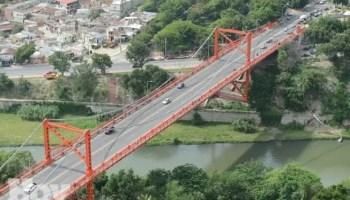 Puente Hermanos Patiño Santiago
