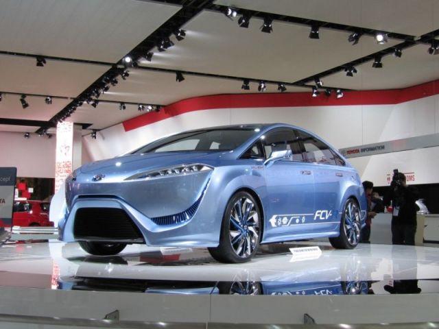 Toyota ces 2014 fuel cells