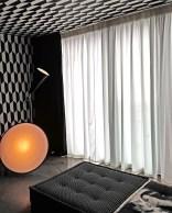 Cole & Son Tapete und Seidenvorhänge - Hoyer & Kast Interiors