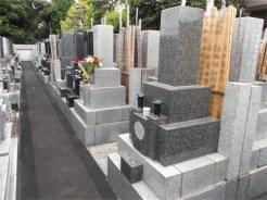 霊梅院 墓地