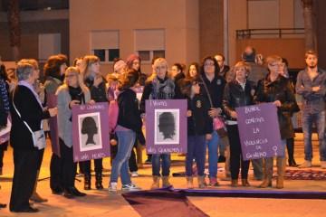 marcha mujer 13nov05-11