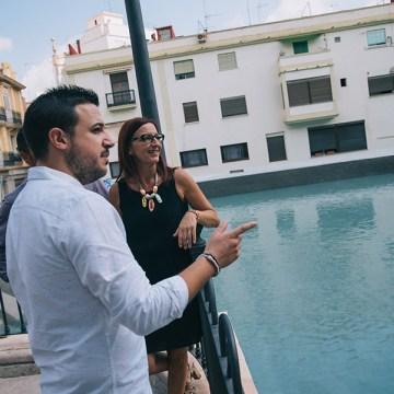 Maria Josep Amigó i l'alcalde Emili Morales visiten la 'Balsa de los Patos' de Chiva_02
