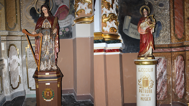 Las dos imágenes de Santa Cecilia  en Buñol