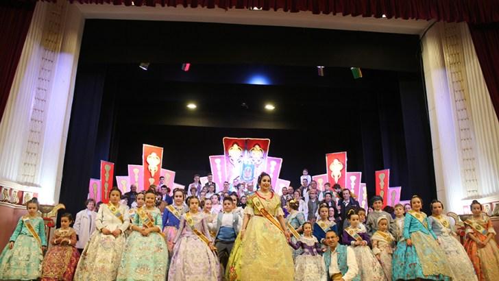 Las imágenes de la presentación de la Falla Reyes Católicos de Buñol