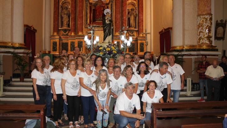 San Luis Betrán llega a la Iglesia San Pedro Apóstol de Buñol (galería de imágenes)
