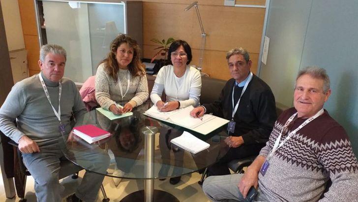 La Plataforma Pro Hospital comarcal de La Hoya de Buñol se reúne con Unidas Podemos