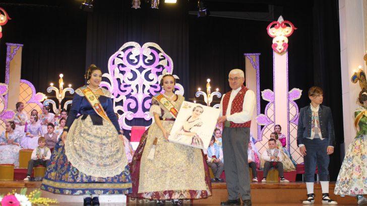 La Falla Reyes Católicos de Buñol celebra una presentación a la altura de su 50 Aniversario