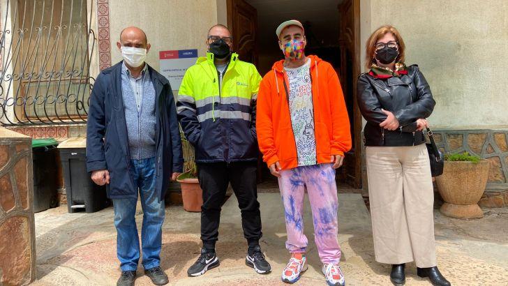 El artista cántabro Okuda San Miguel visita Campus Diversia