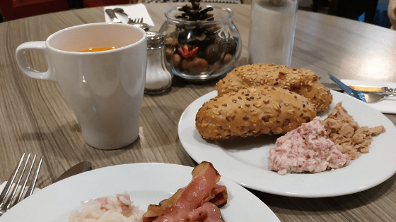 Hozho - Breakfast Prague