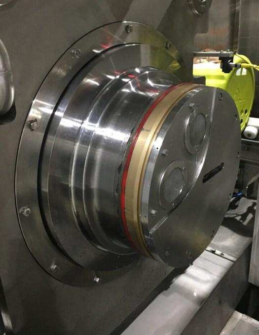 Avure/JBT AV40-70 Load Side Plug in the open position