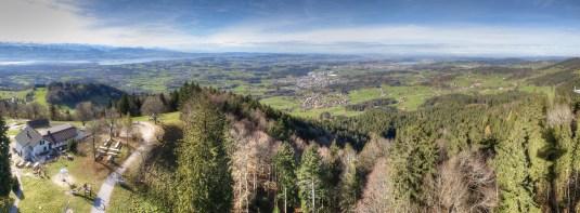 Fernsicht im Spätherbst Richtung Zürich