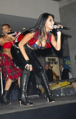 Nicole Scherzinger 9 Jpg Bends Over