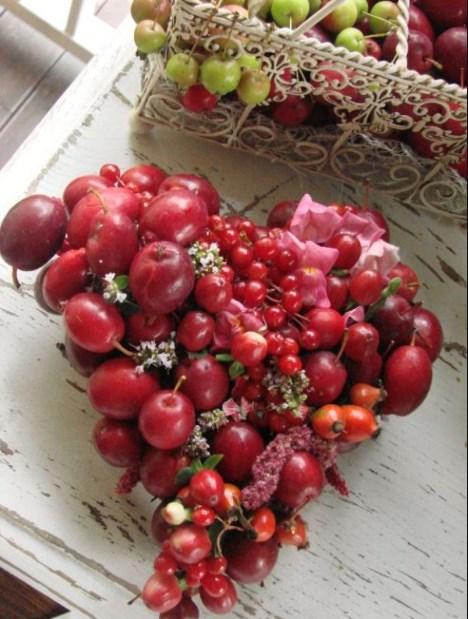 фруктовый букет на подарок в день святого Валентина