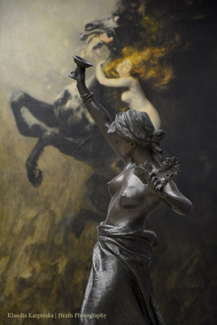 'Bacchante' by Teodor Rygier. In the background: 'Frenzy of Exultations' by Władysław Podkowiński