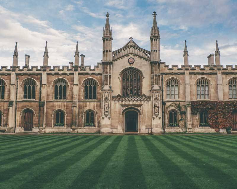 Oxford University – The Oldest One