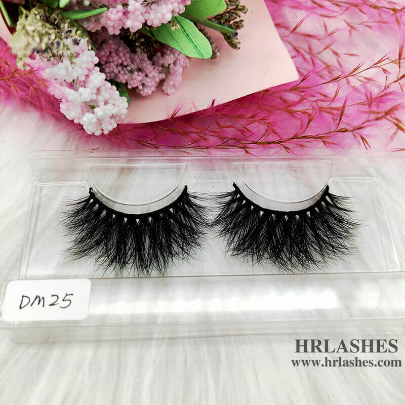 Bulk Buy 20mm Mink Eyelashes wholesale