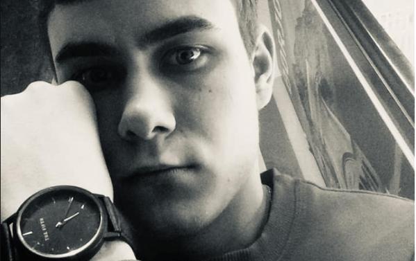 Хлопець із вадами серця шукає допомоги на операцію