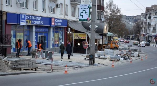 Аудитори нарахували 4 мільйони гривень збитків на ремонті центральної вулиці Луцька