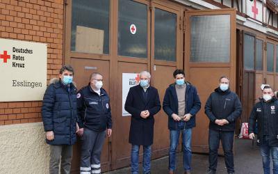 Der Bürgermeister der Stadt Esslingen, Jürgen Zieger und Kroatiens Generalkonsul Ivan Sablic zu Gast beim Deutschen Roten Kreuz Esslingen.