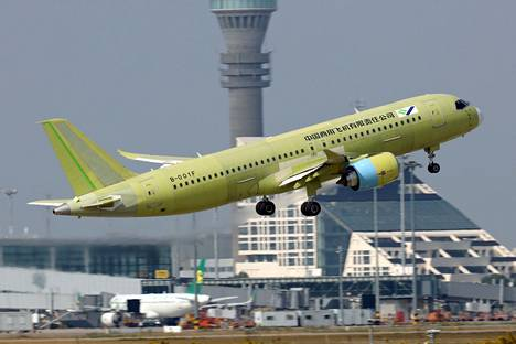 The Fifth Prototype of the C919 was filmed for a test flight at Shanghai Airport in October 2019.